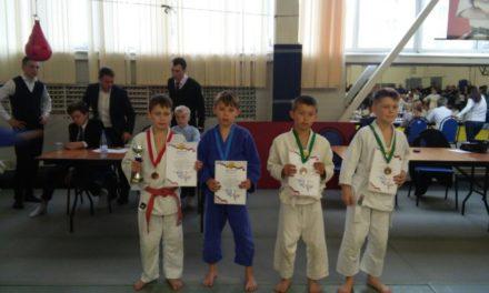 Участие СК «Динамо-Ивантеевка » в турнире по дзюдо в Пушкино